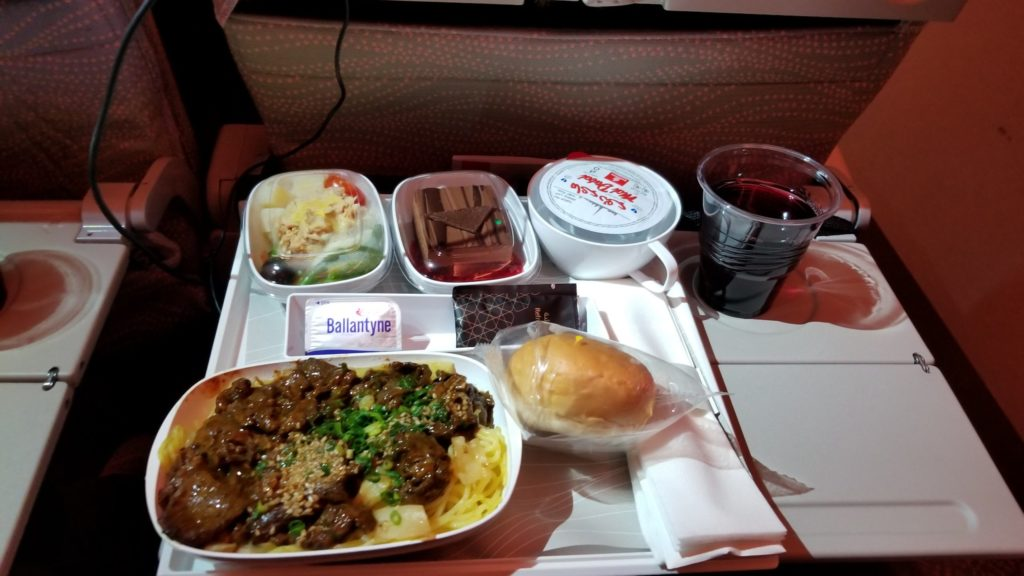 エミレーツの機内食