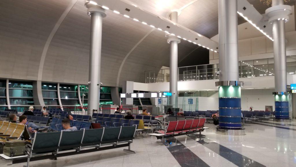 ドバイ空港のトランジットエリア