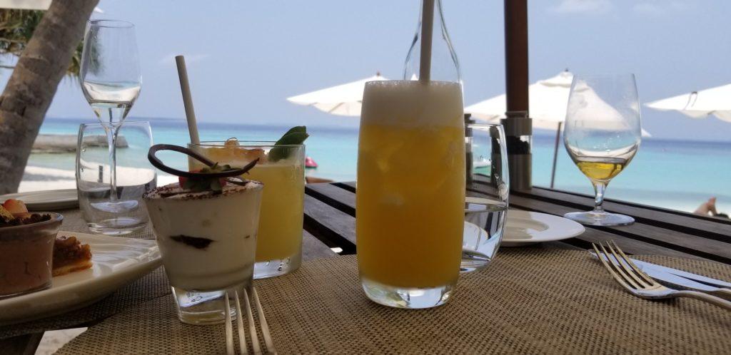 モルディブのオールインクルーシブプランに含まれている「ビュッフェレストラン」
