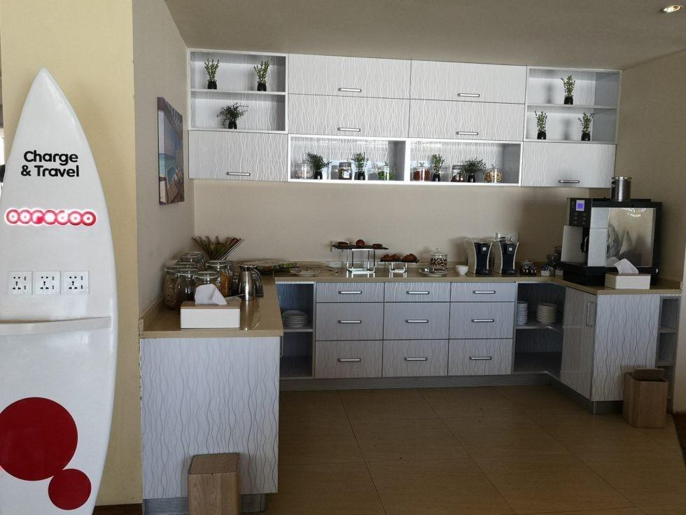 モルディブのアミラフシ・フィノール専用ラウンジにあるフード