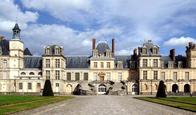 フォンテーヌブロー宮殿