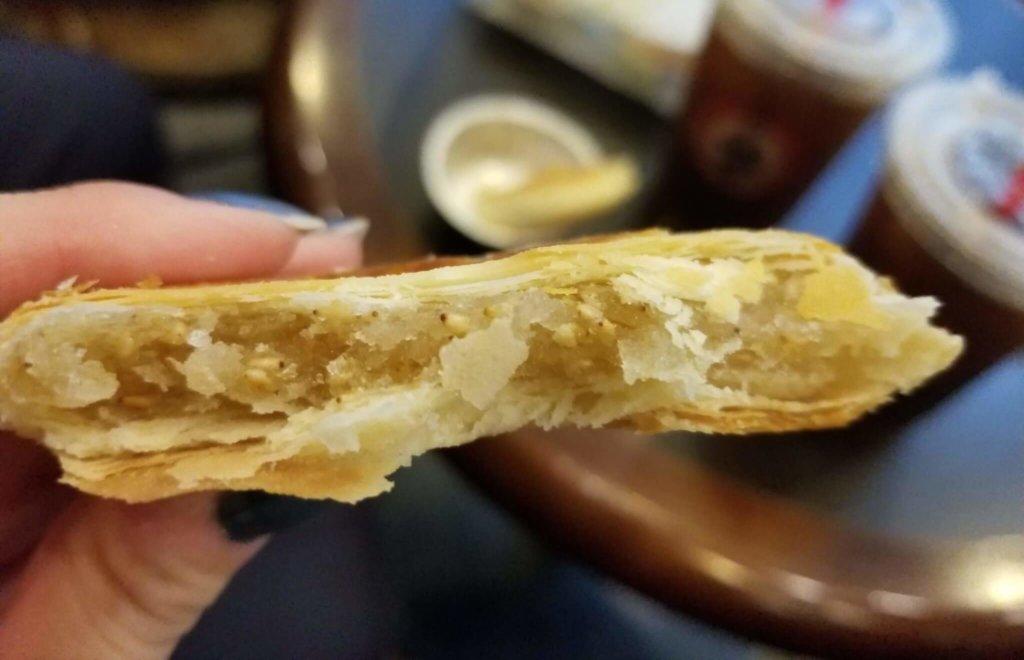 タイチョンベーカリーで老婆餅を食べてみた