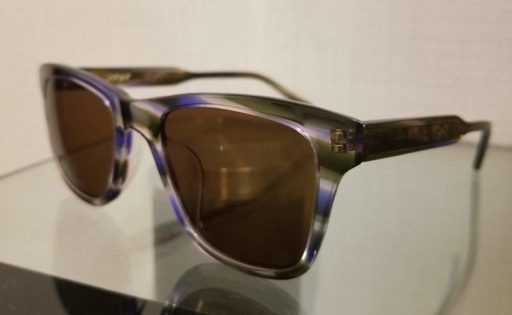ADSRのサングラス