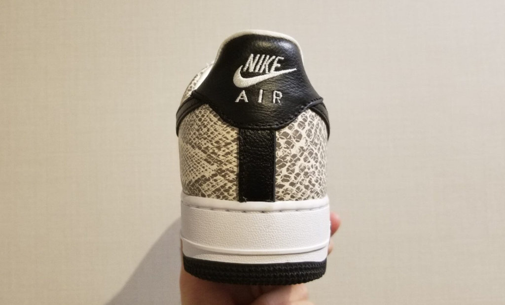 "Nike Air Force 1 Low ""Cocoa Snake""ヒール部分"