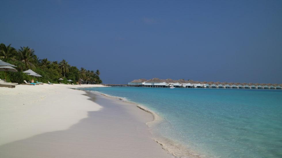 モルディブ「フィノール」の水上ヴィラ群