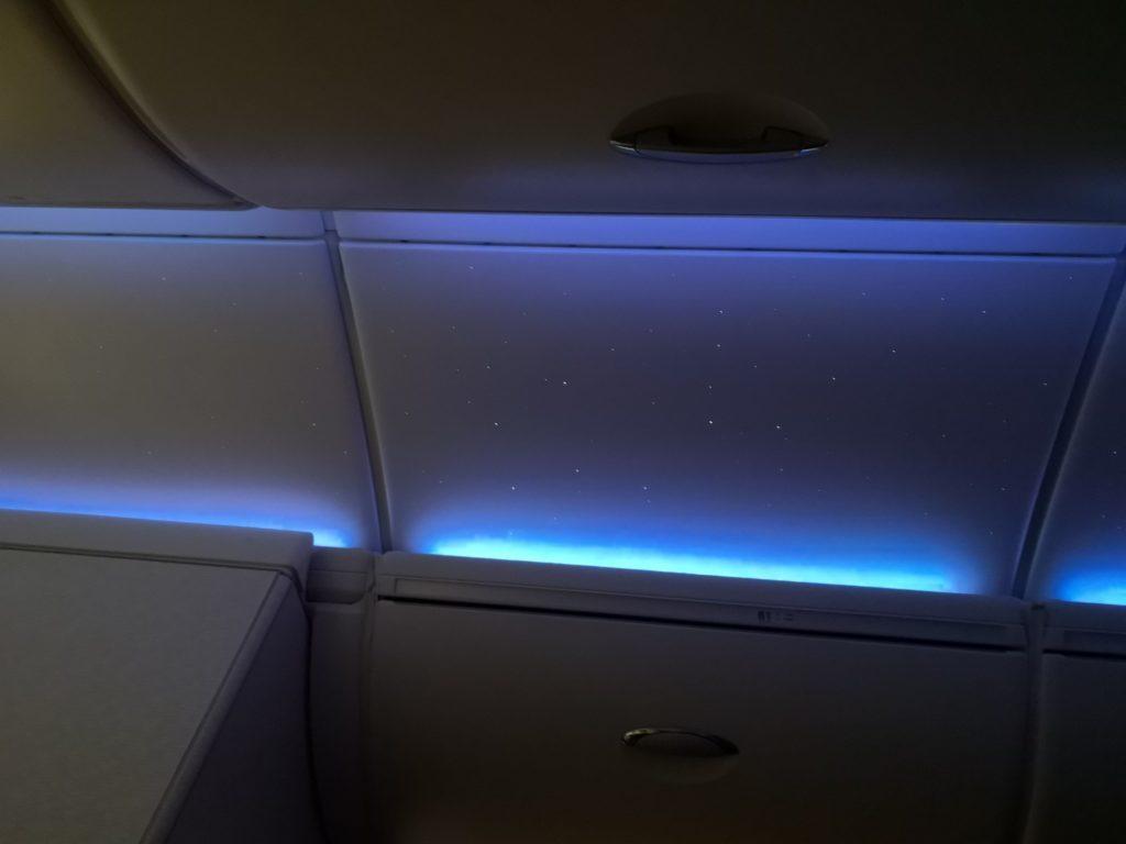 エミレーツ航空機内の星空その2