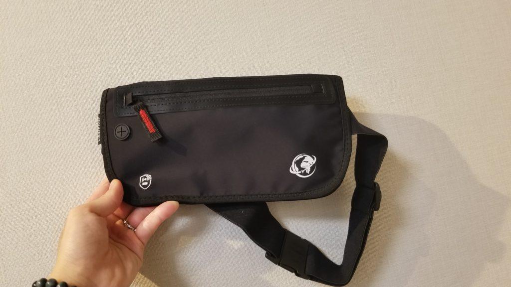 リバーフライヤーのスキミング防止バッグ