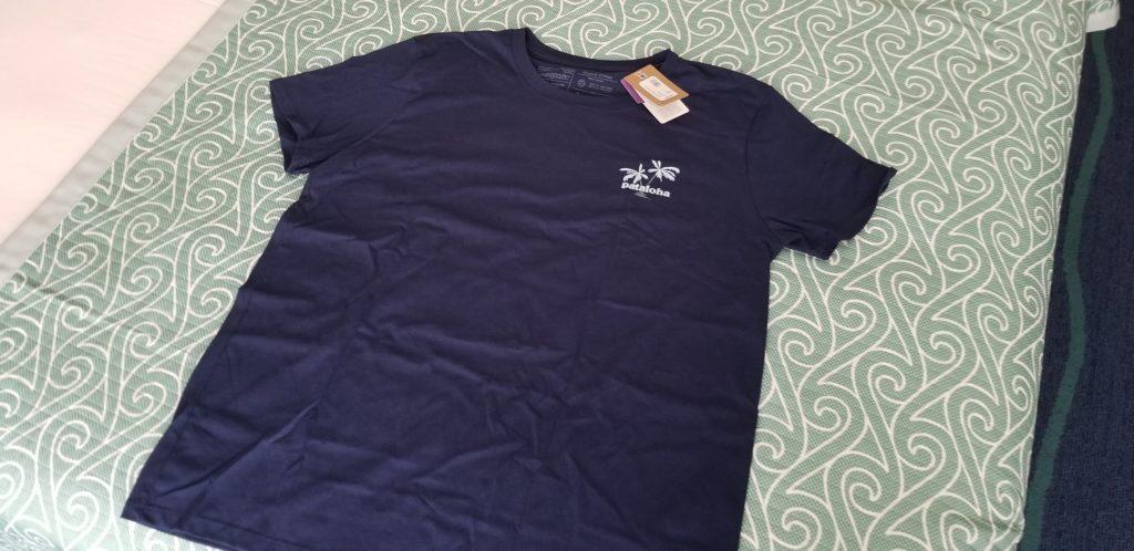 購入したパタロハ・ハレイワのTシャツ