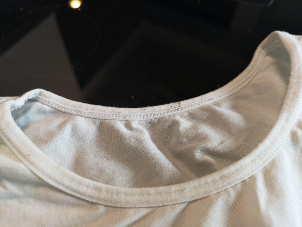 Amazonで購入したノーブランド品の加圧シャツ