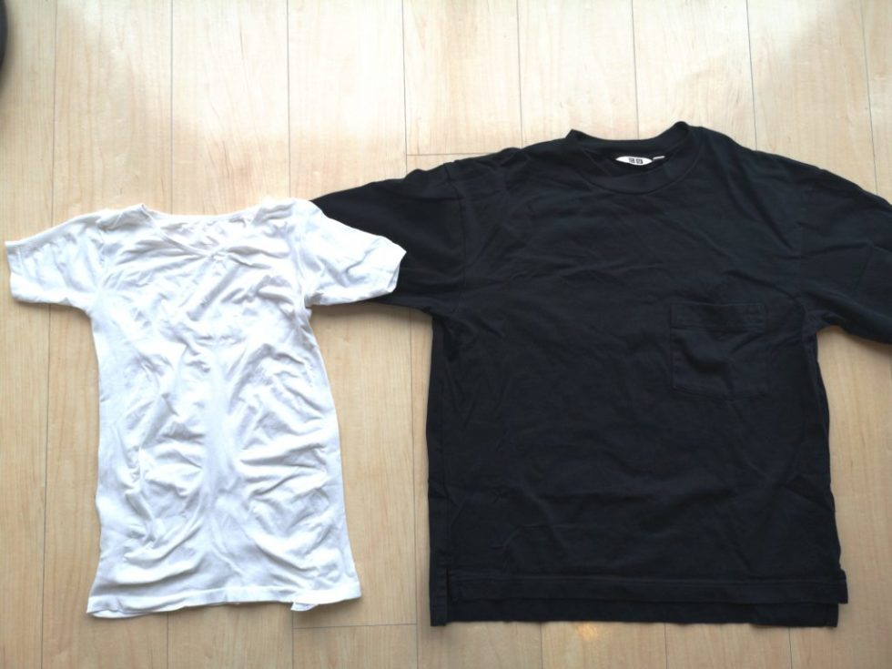 ユニクロのTシャツとマッスルプレスの大きさを比較
